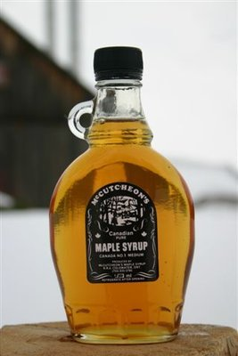 250ml Ontario Grade A Amber Maple Syrup Glass Bottle - Available for pickup orders only - Not shipped.