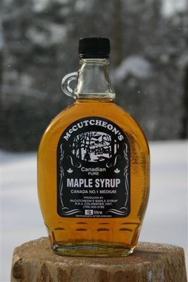 500mL Ontario Grade A Amber Maple Syrup Glass Bottle - Available for pickup orders only - Not shipped.​