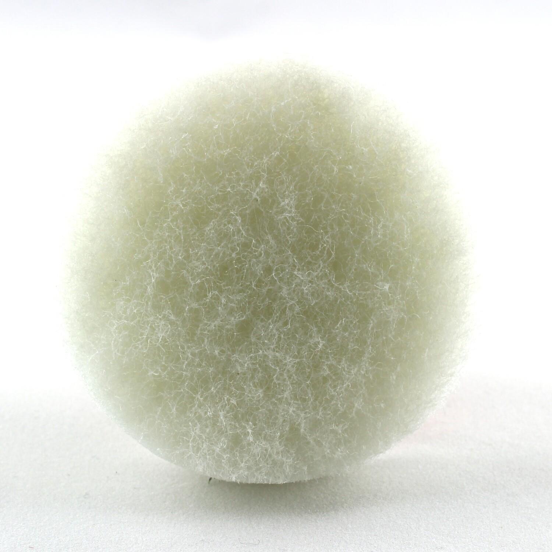 Non-abrasive nylon fiber pad