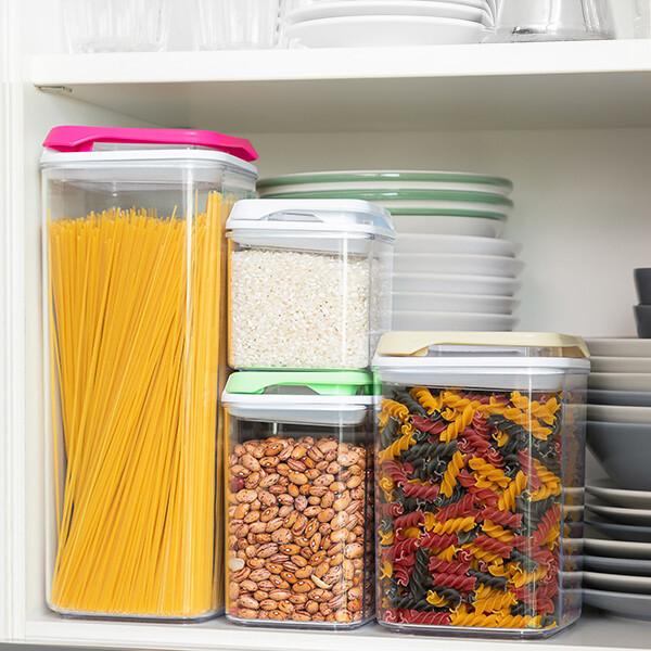 KIT 4 Contenitori da Cucina Impilabili ed ermetici