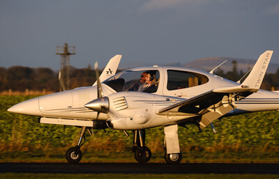 Diamond DA42 Twinstar Flight Experience for Two