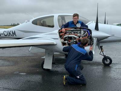 Aircraft Hangar Tour - Including Souvenir