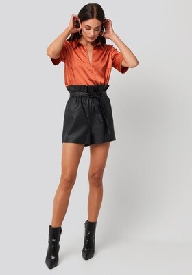 Rut & Circle Mica Pu Short | Black