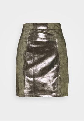 Molly Bracken Ladies Woven Skirt Premium