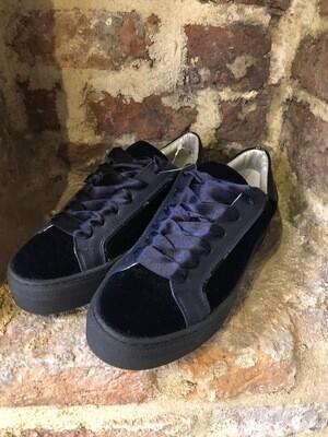 Hip Shoe Style Donn Bleu Velvet (outlet)