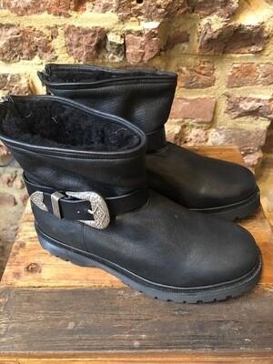 Cha Boots Modelo Negro (outlet)