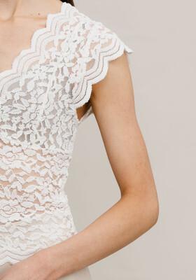 Rut & Circle Vera Lace Top - White