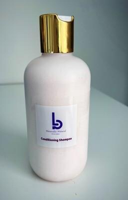 Naturallee Natural  conditioning  shampoo.