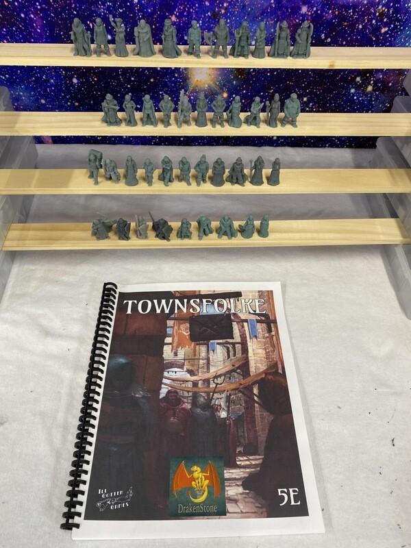 Townsfolke 5E Book + 42 figures