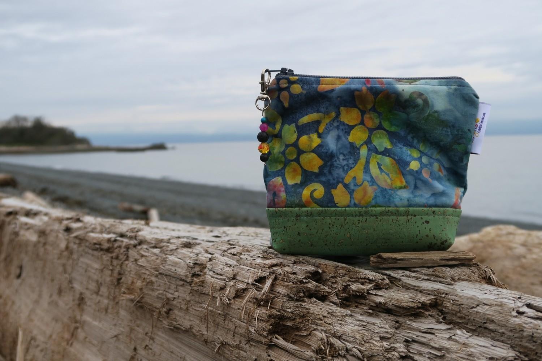 Small Carry Case -Batik floral