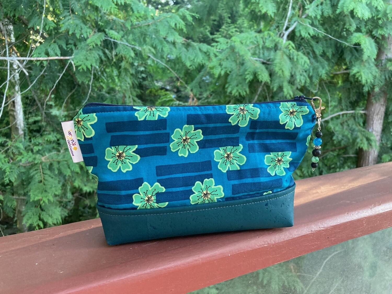 Large Cork Carry Blue Floral