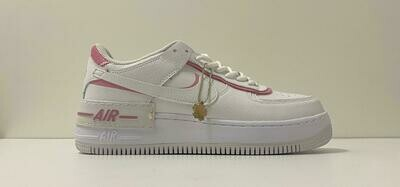 Custom Sneaker - Nike Air Force Pinky Winky