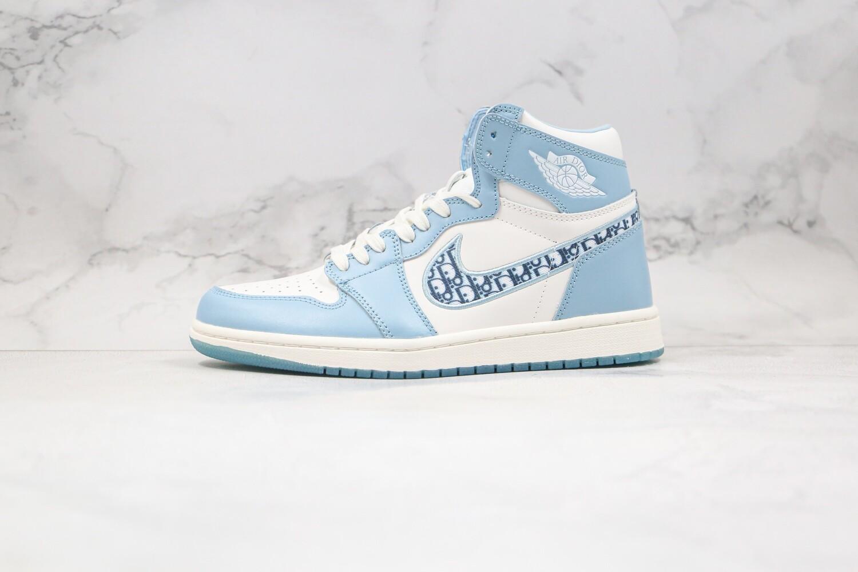 Custom Sneaker - Jordan 1 Light BlueD