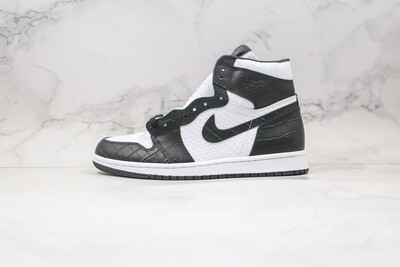 Custom Sneaker - Jordan 1 Carbon Python