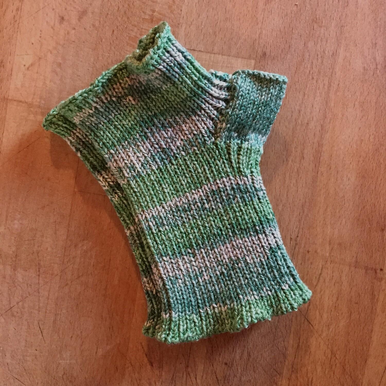 Lightweight Fingerless Mitts - Spring Green Sparkle - short length