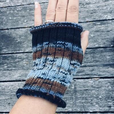 Fingerless Mitts - Crocus Blue - short length