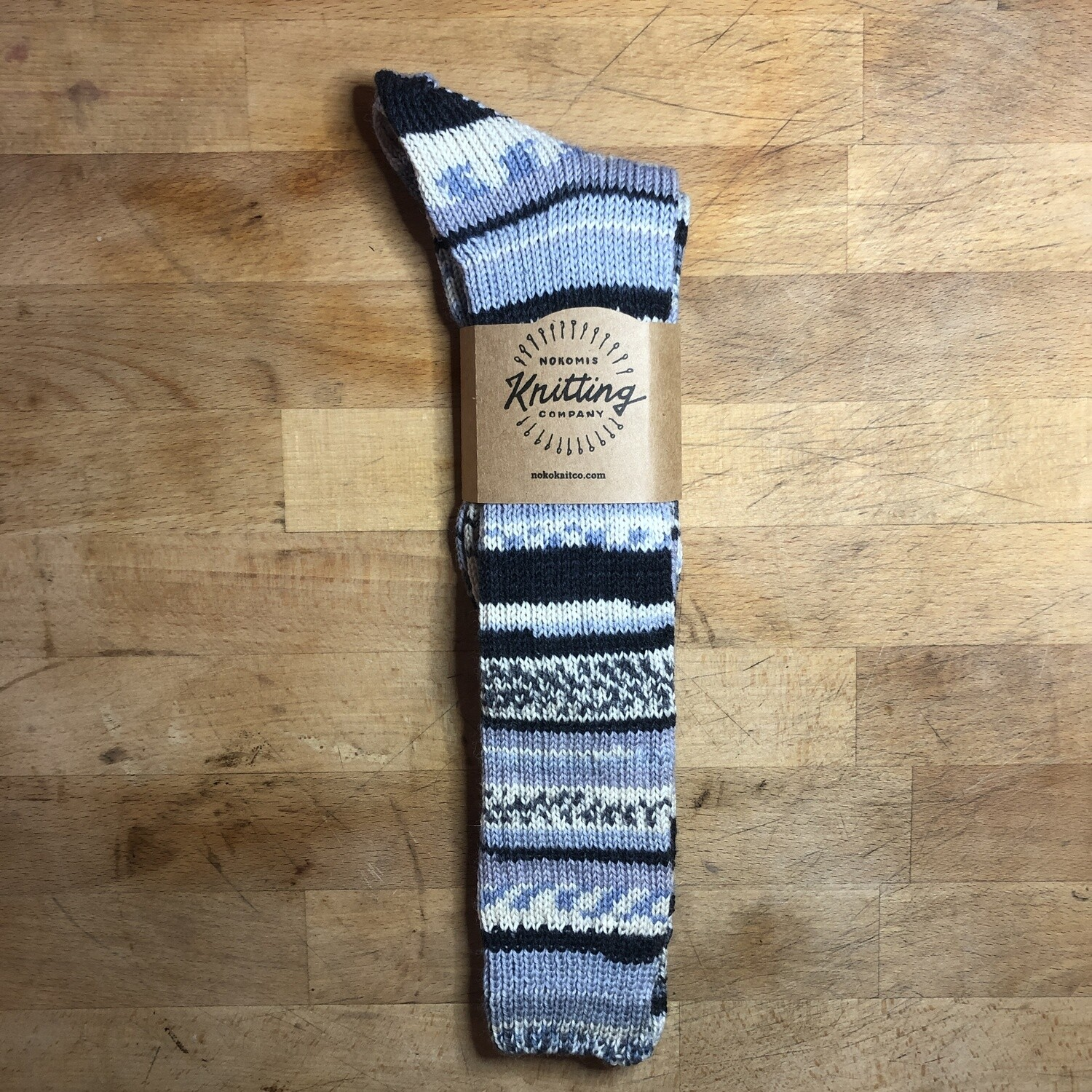 Woman's Tall Socks Size 8 - 9 Smile Stone Gray