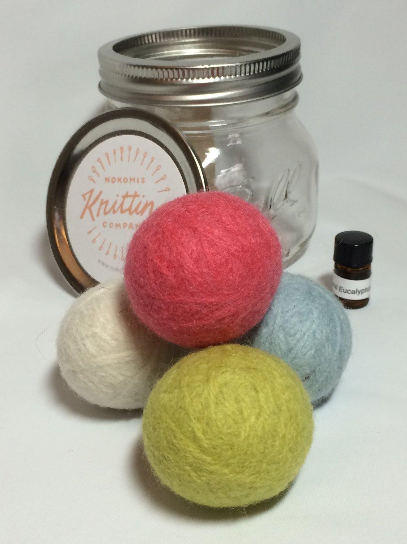 Dryer Balls Kit - Set of 4 with Essential Oils - Jar Version