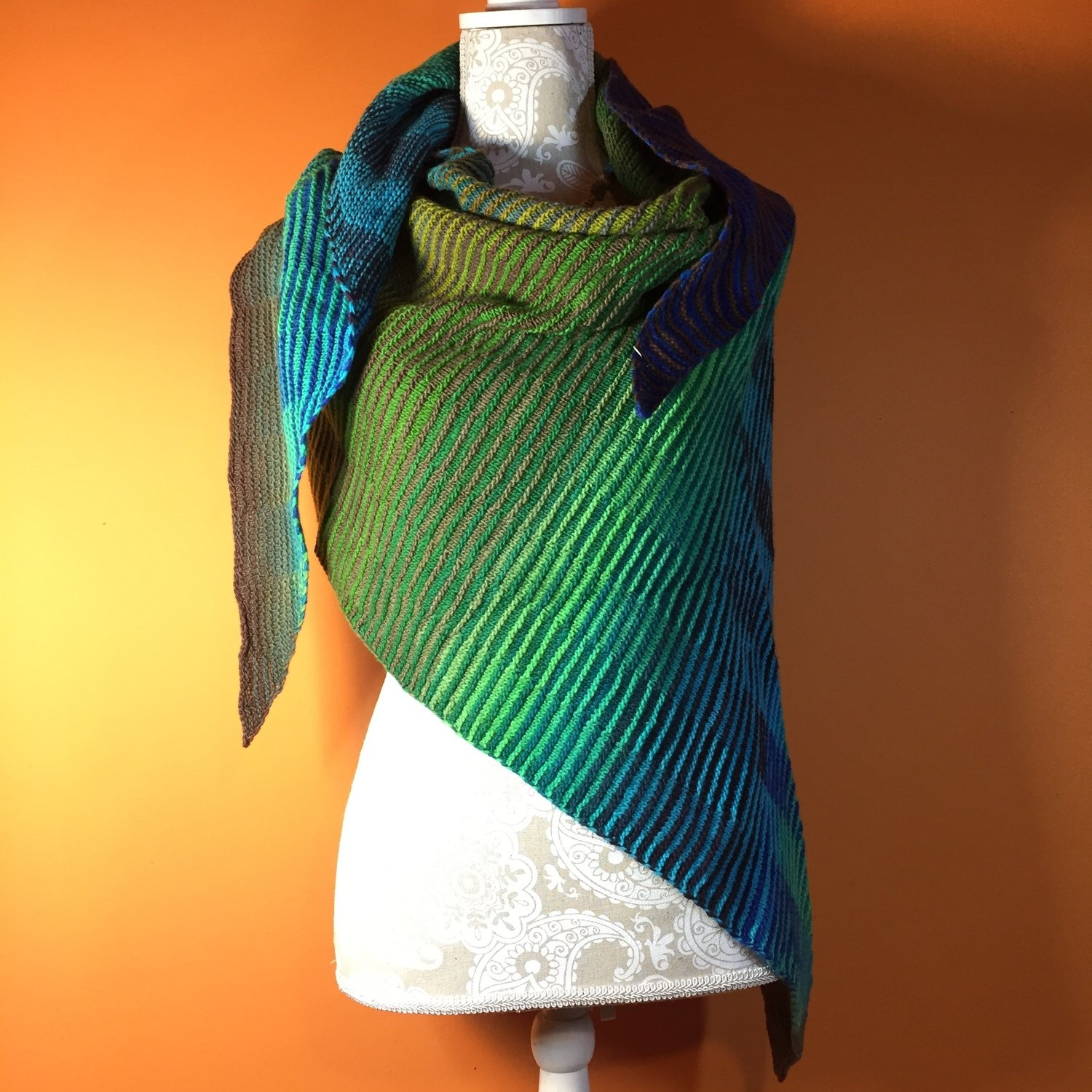 Illusion Shawl