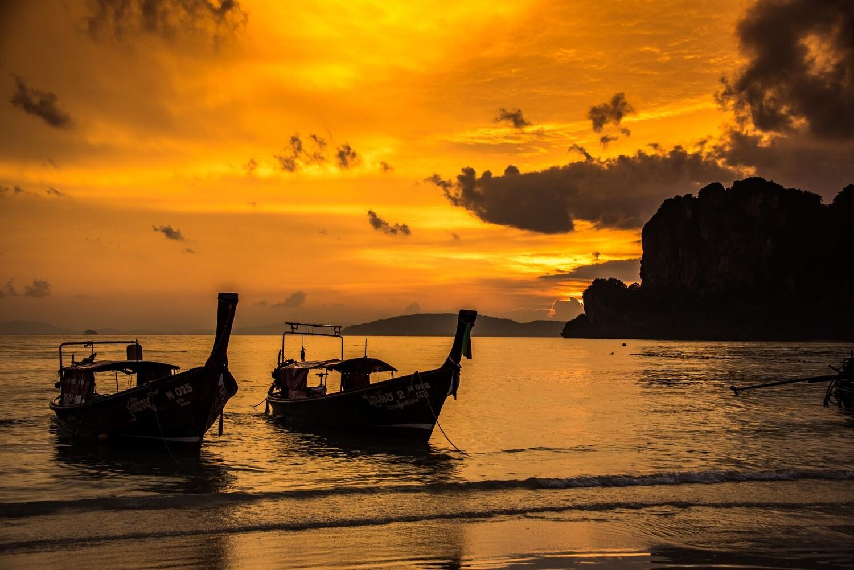 Longboat Sunset, Thailand