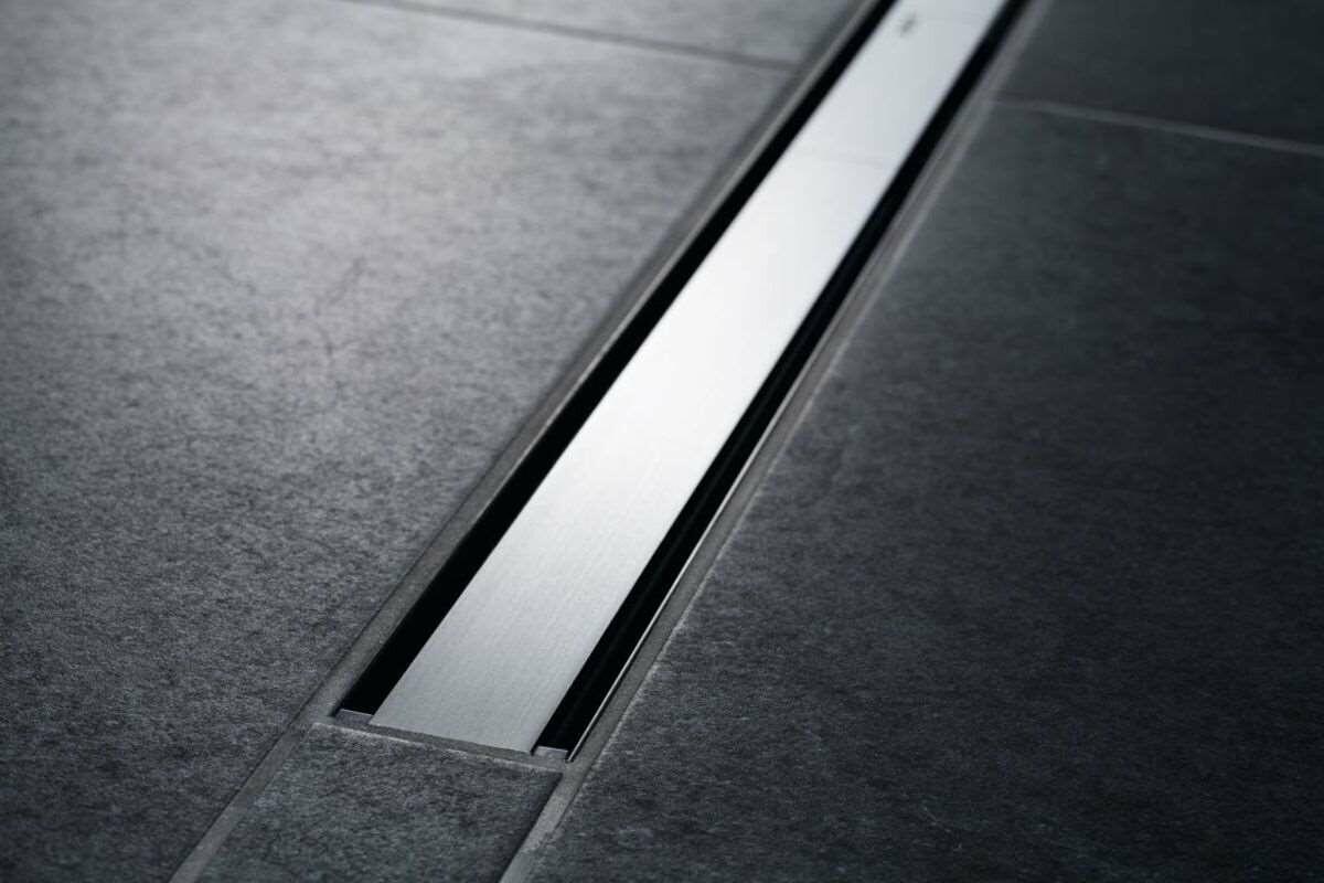 Set de finition Geberit CleanLine60 - Noir / Métal brossé - Longueur 30 - 130 cm