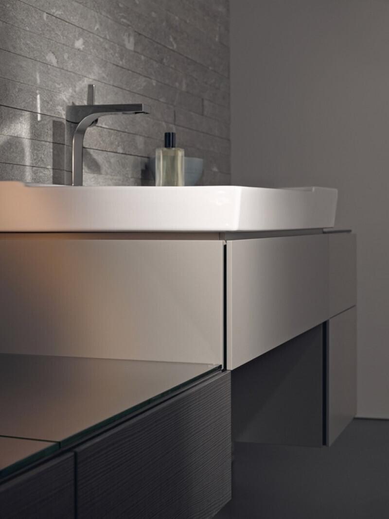 Meuble bas pour lavabo Geberit Xeno² 90 cm avec plage de dépose et un tiroir en grège laqué