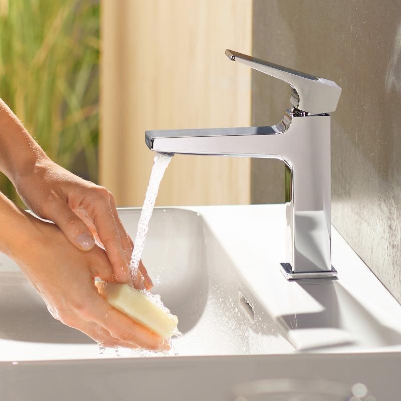 Mitigeur de lavabo Hansgrohe Metropol 110 CoolStart en laiton chromé avec poignée manette et bonde Push-Open