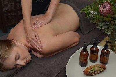 90 minutes Spa Treatment with 60 min. massage