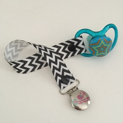 Black Chevron Dummy Clip