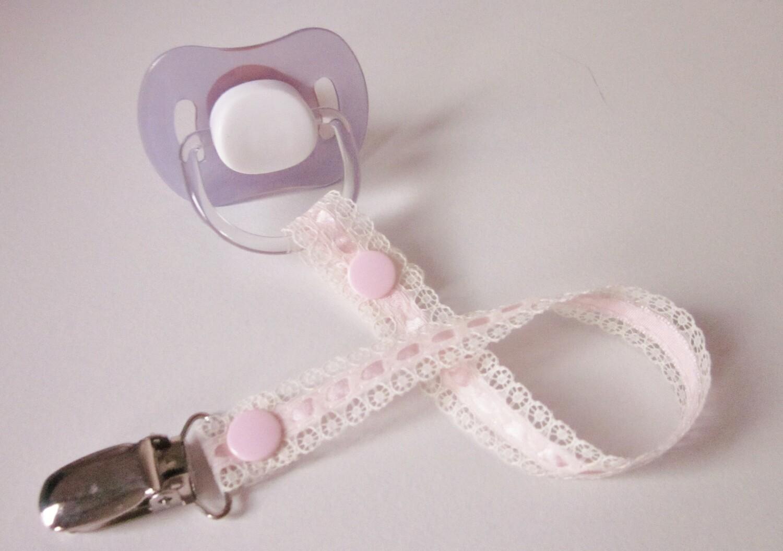 Pale Pink Lace Dummy Clip