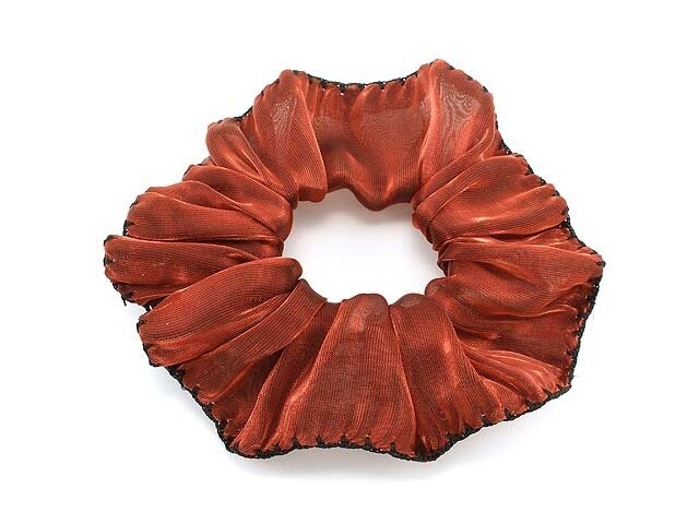 Резинка для волос бордовая