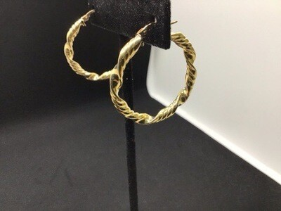14 KT. YELLOW GOLD TEXTURED HOOPS WITH A CLICK CATCH .