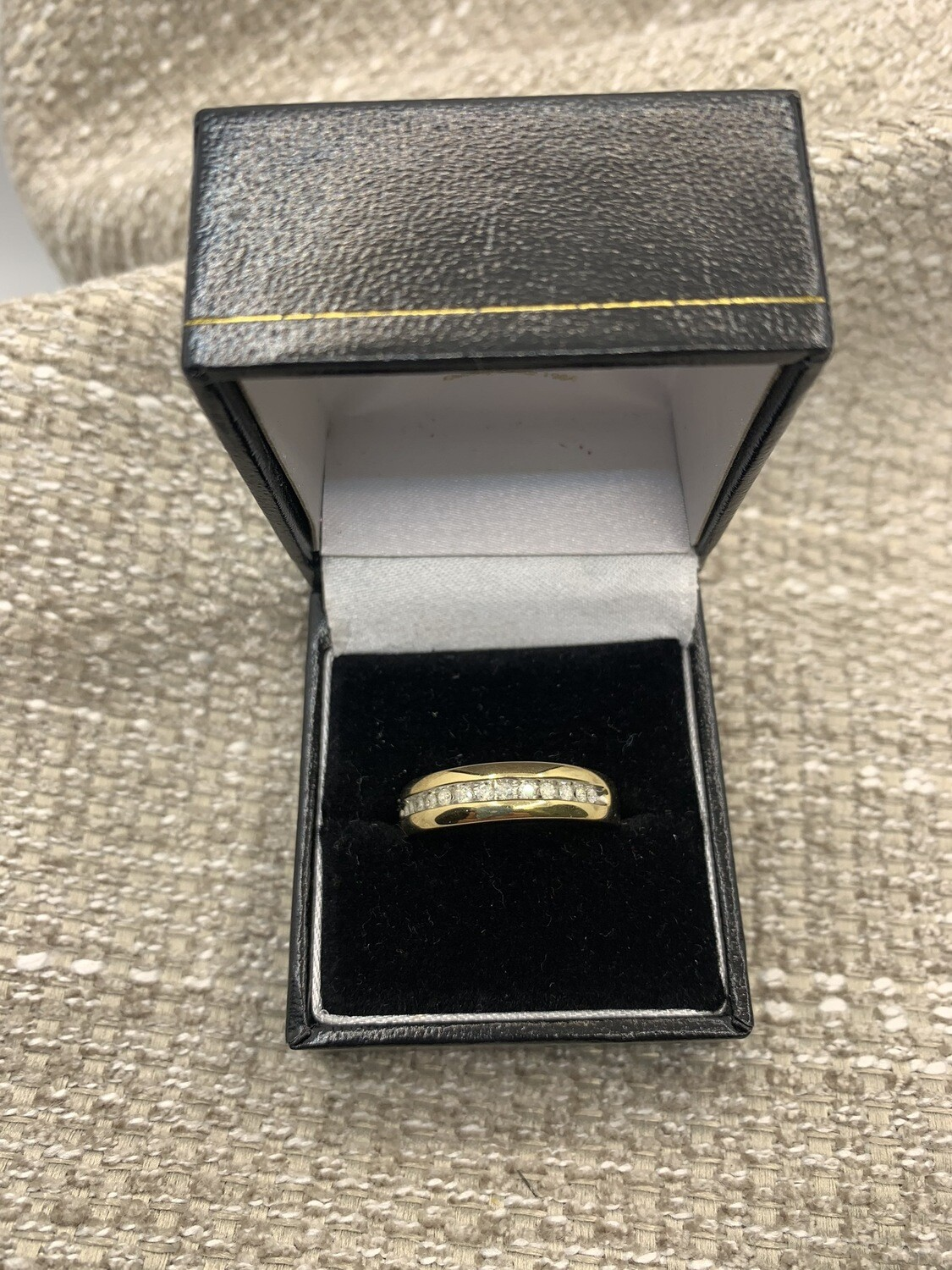 Men's Yellow Gold Diamond Wedding Band
