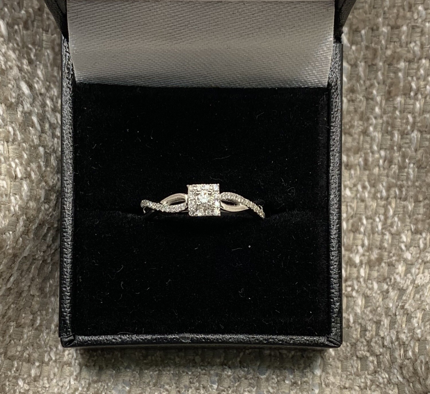 Diamond With Square Halo And Dual Twisted Band 20 Pts Total Weight Set in 14K White Gold