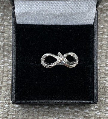 Diamond Infinity Cross Ring