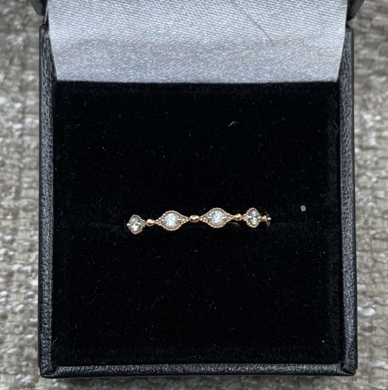 Scalloped Diamond Band Rose Gold