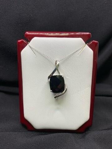 4.2 Ct Black Onyx Pendant
