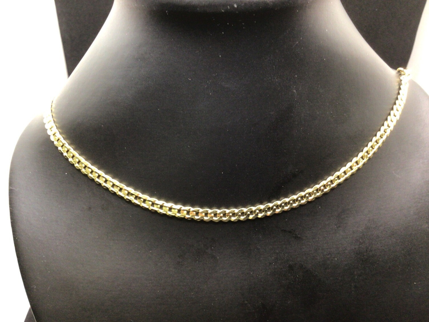 """24 """" 10 KT. ITALIAN CURB CHAIN. 4.6 MM WIDE SOFT AND NICE FUN TO WEAR"""