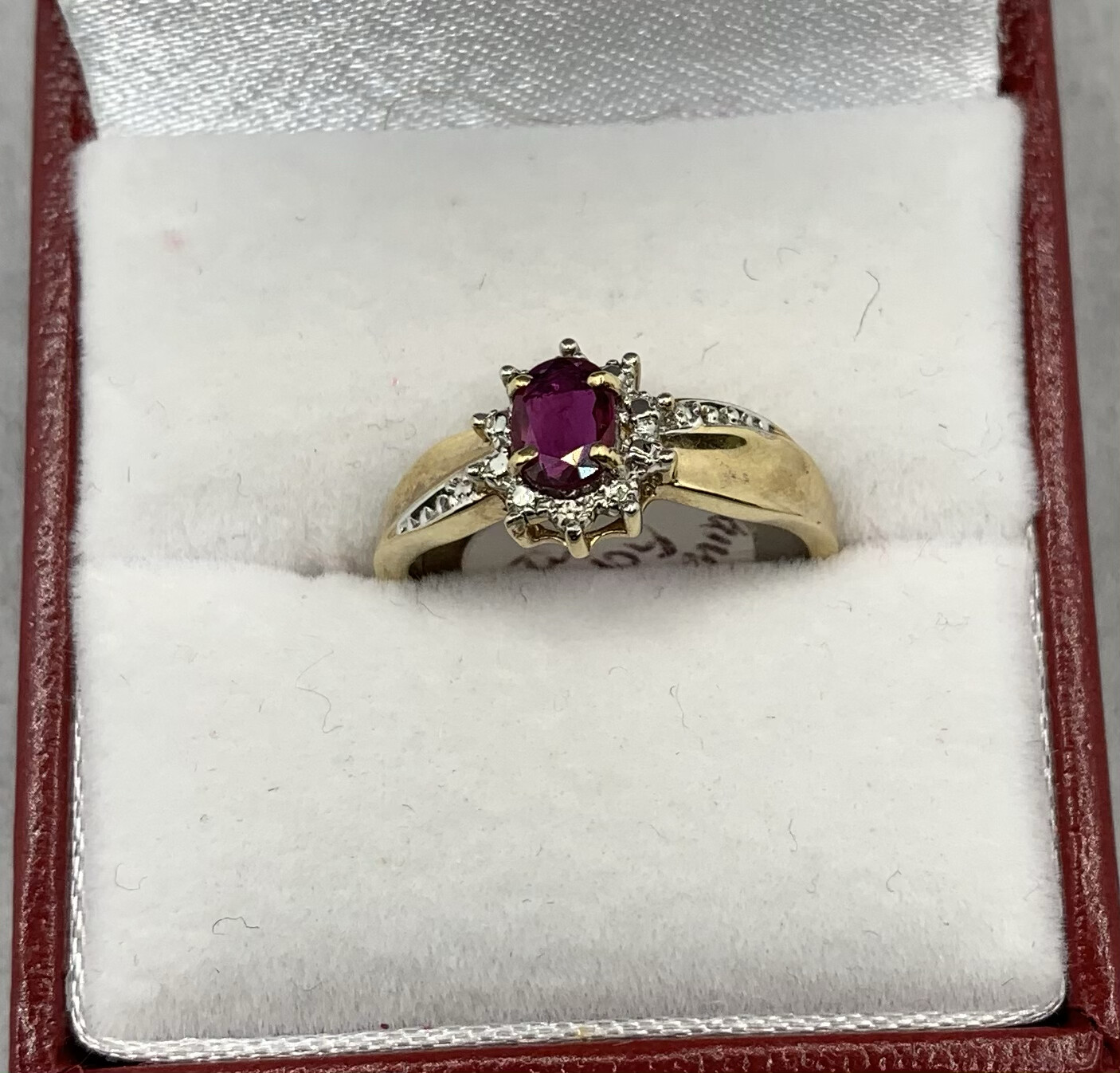 Ruby Diamond 10kt Yellow Gold Ring