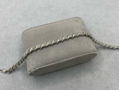 50pt Total Weight Diamond Tennis Bracelet. White Gold