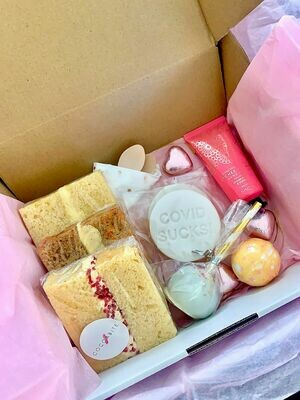 Signature Sweet Gift Box
