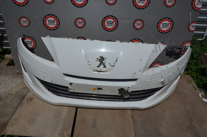 Бампер передний Peugeot 408