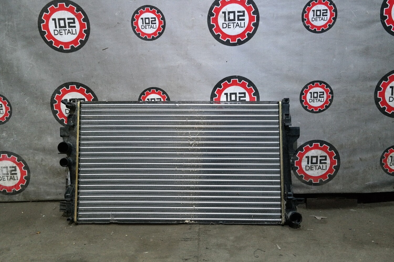 Радиатор охлаждения Mercedes Vito/Viano W639