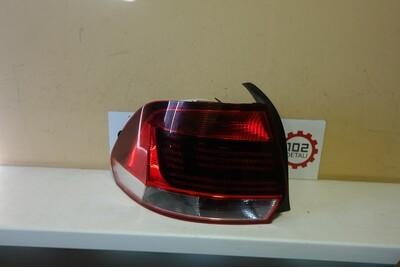 Задний левый фонарь Volkswagen Polo