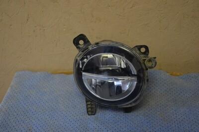 Противотуманная фара правая BMW 1 F20 3 F30 LED