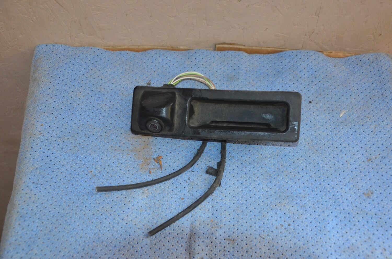 Камера заднего вида  BMW X5 F15 с кнопкой