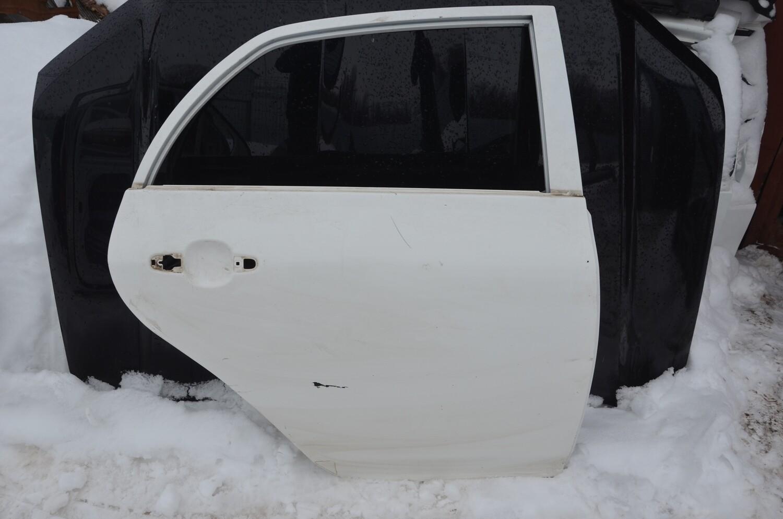 Дверь задняя правая Toyota Corolla E150