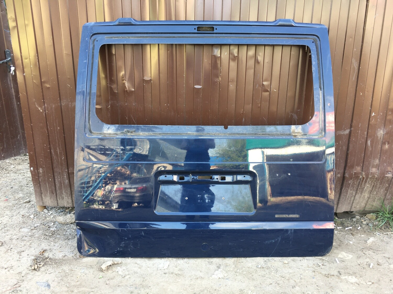 Дверь багажника Ford Tourneo