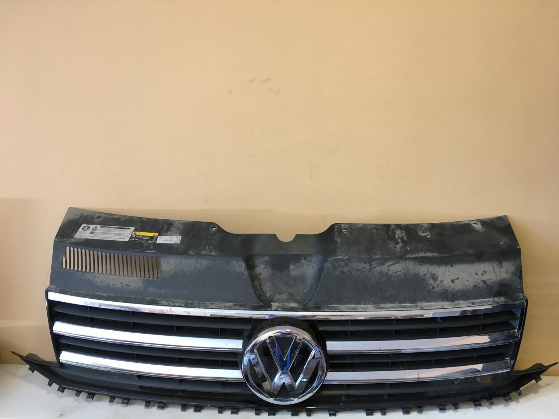 Решетка радиатора Volkswagen Transporter T6