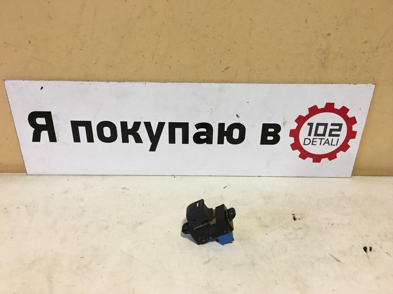 Кнопка стеклоподъемника Kia Rio 3